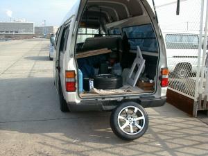 RAYSの社用運搬車。